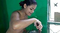 Tigresa safada cozinhando pelada e convida você... Thumbnail