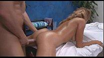 Порно с худой сучкой на массаже