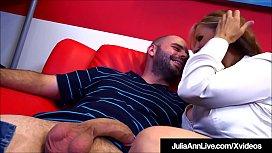 Busty Milf Julia Ann...