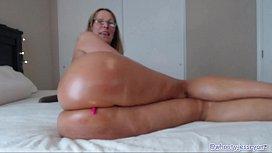 Sexy Milf Rides Big...