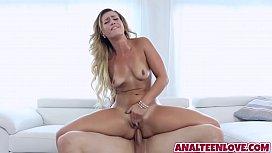 Damn big butt Kelis...