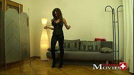 Exotic model Teen Sara...
