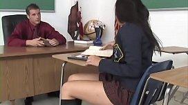 Schoolgirl get her pussy...