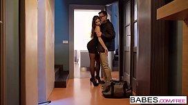 Babes - Clea Gaultier - Cum...
