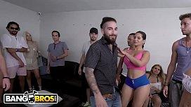 BANGBROS - Porn Casting Surprise...