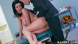MILF Veronica Avluv injected...