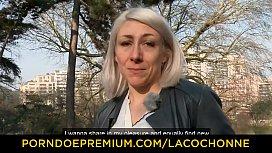LA COCHONNE - MILF Julie...