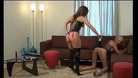 Lesbian slave Kelly Summer...