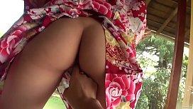 Subtitled uncensored Japanese Hitomi...