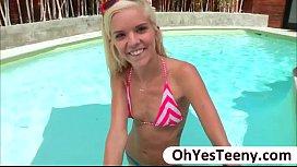 Bikini girl hottie Halle...