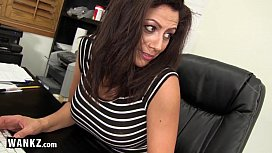 Secretaria madura bem gostosa transando com o seu chefe