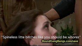 A gang makes policewoman...