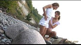 Two gergeous Scandinavian babes...