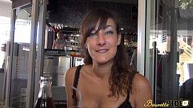 Samia, une beurette libertine...