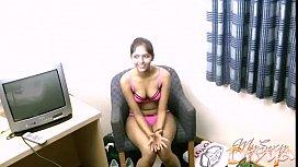 Amateur Indian chick Divya...