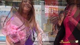 M&eacute_lissa veut un plan lesbien pour faire plaisir &agrave_ son mari