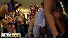 BANGBROS - Pornstars Sara Jay...