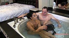 Goddess Tangent Hot Tub...