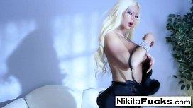 Sexy tease with Nikita...