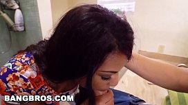 BANGBROS - Ebony Zoey Reyes...