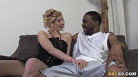 Rylie Richman Takes Black Dick