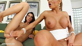 Fist Flush presents Cindy...