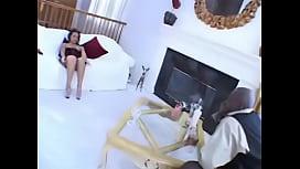 Victoria Allure vs. Lex...