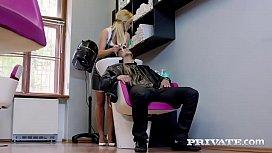 Vinna Reed, a hairdresser...