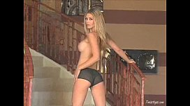 || - Heather Vandeven Masturbates On...