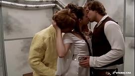 Leia Fucked by Luke & Han Solo in Star Wars Parody