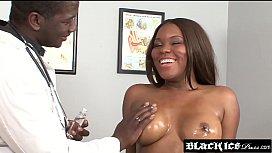 Big booty ebony Candice...