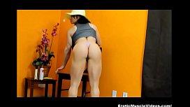 EroticMuscleVideos - Sexy buff BrandiMae...