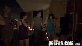 Mofos - Real Slut Party...