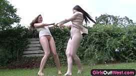 Girls Out West - Aussie...