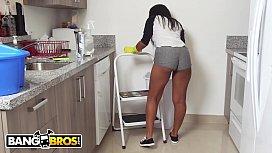BANGBROS - Ebony Maid Arianna...