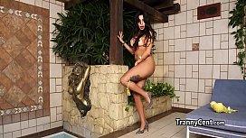 Horny mature tranny enjoy...