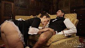 JOYBEAR Banging the Maid...