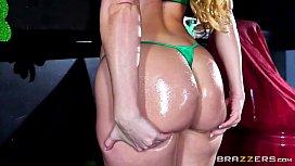 Brazzers - Aj Applegate - Big Wet Butts elsa jean mandingo