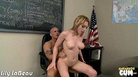 Sexy Lilly LaBeau gets facialized
