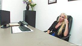 Britney Amber Wild Job...