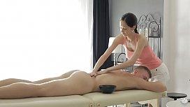Amazing oily cock massage...