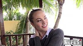 Samantha Hayes - I Know...