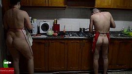 Preparing nude pussy food...