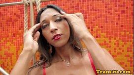 Ripped latina ts toying...