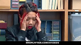 ShopLyfter - Hot Asian Mom...
