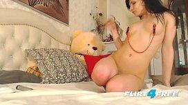Erotic Nikyi Sky Clamps...