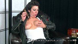 Betty Jaded 4, Cigar...