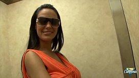 Angelina Valentine, une latina...