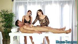 Sex therapists swap cum...