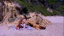 Lara Tinelli y Jordanne...